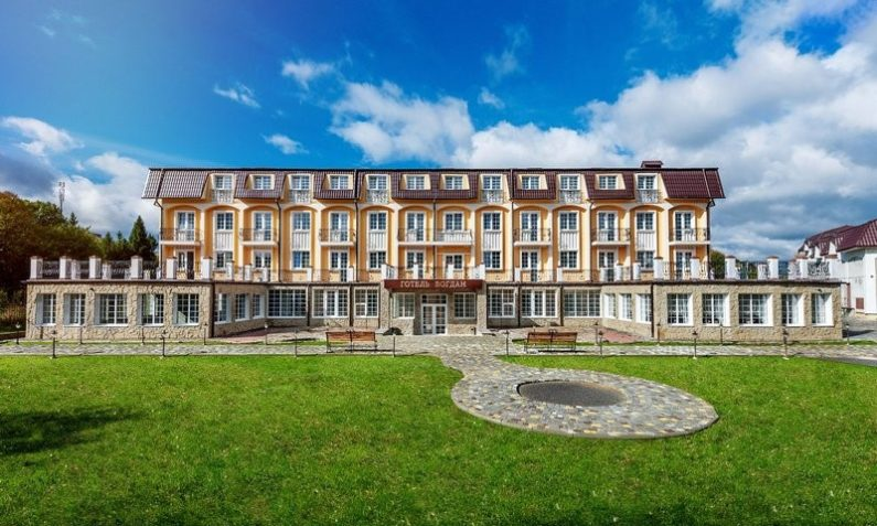 Отель Богдан - 1 40 795x477
